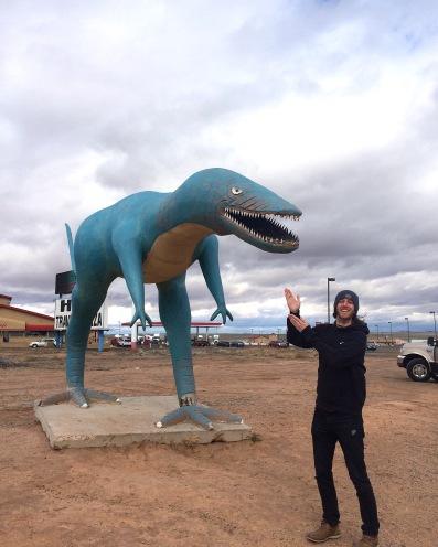 Roadside dinos in front of Hopi Diner!